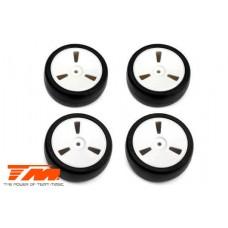 Team Magic 1:10 Touring - mounted - Dish wheels